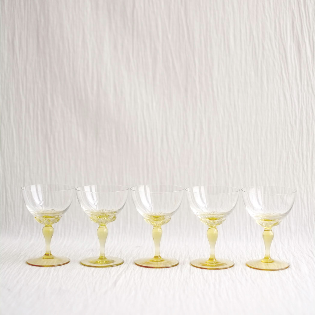 SET OF YELLOW STEM CHAMPAGNE COUPES