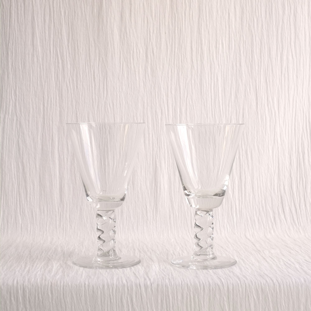 PAIR CHUNKY TWISTED STEM WINE GLASSES