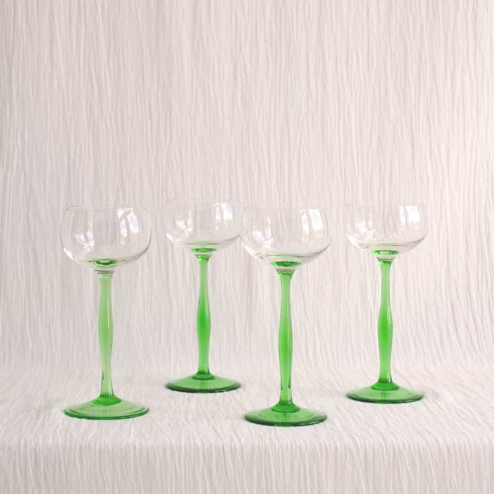 SET FOUR GREEN STEM GLASSES